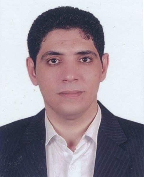 مصطفى مشهور