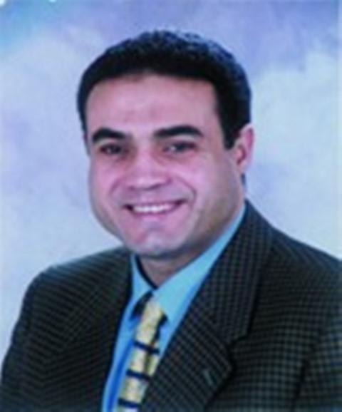 د. مجدى الحسيني عليوه -أستاذ العلاج الطبيعي - عميد كلية التربية الرياضية