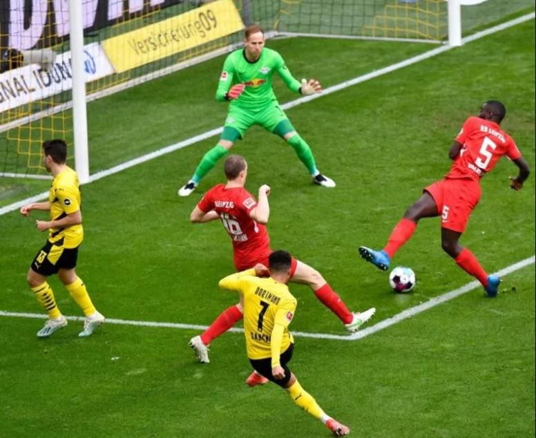 بوروسيا دورتموند ضد لايبزيج فى نهائى كأس ألمانيا